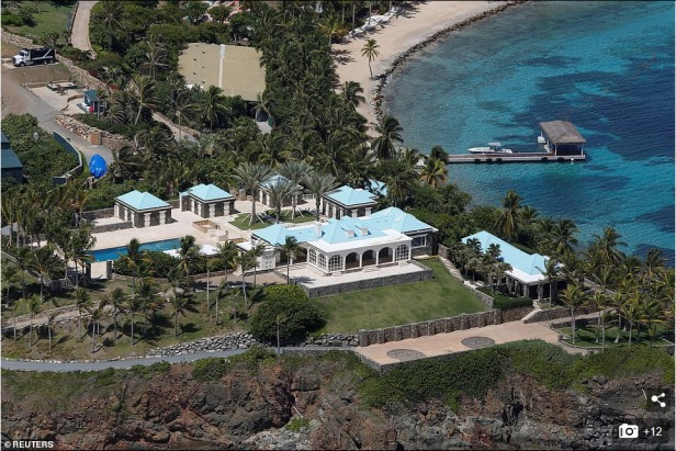 Screenshot_2019-08-12 A dozen FBI agents raid Jeffrey Epstein's 'Pedophile Island'(3)